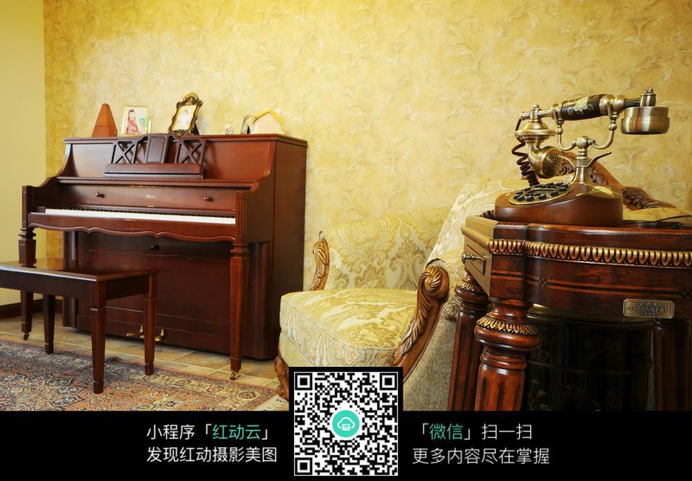 古典风欧式钢琴室装修jpg效果图