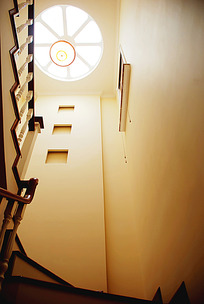 简欧风楼梯间仰视JPG效果图