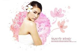 粉色花卉背景前头戴鸡蛋花的气质美女