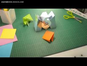 彩色折纸实拍视频