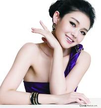 封面美女素材 紫色美女图片