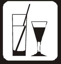 直筒玻璃杯和高脚杯