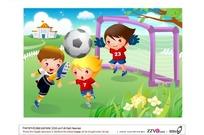 草地上踢足球的三个小男孩