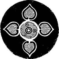 四个心形对称创意镂空圆纹