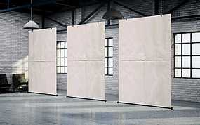 展厅中间三个悬挂式宣传广告牌样式侧方展示